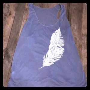 Tops - Great feather tank women's XL